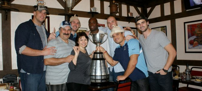 The Argonauts celebrate their Grey Cup victory!